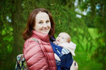 The Benefits of Babywearing