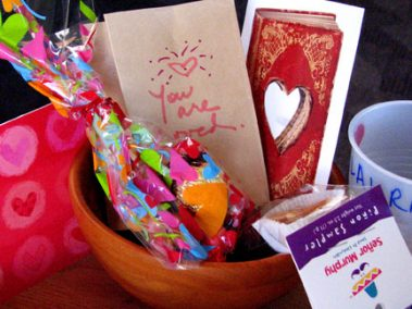 Make Your Own Valentine Boxes
